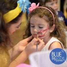 Face Painting blue balloon cover