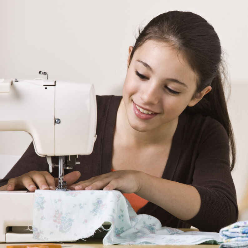UsefulBox Sew Kids Club - After School Sewing